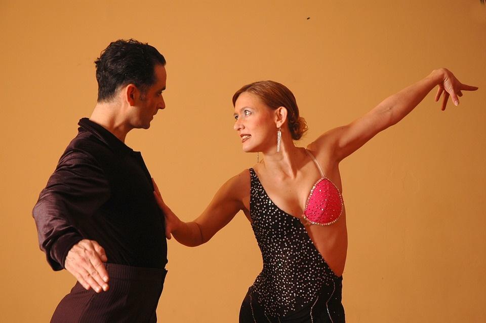 Balli caraibici e latino americani: sai qual è la differenza?