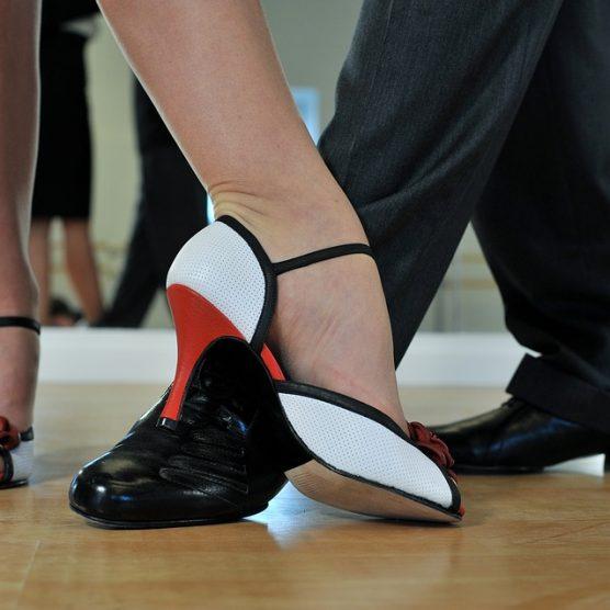 Corsi di ballo per adulti: consigli e idee per scegliere quello giusto